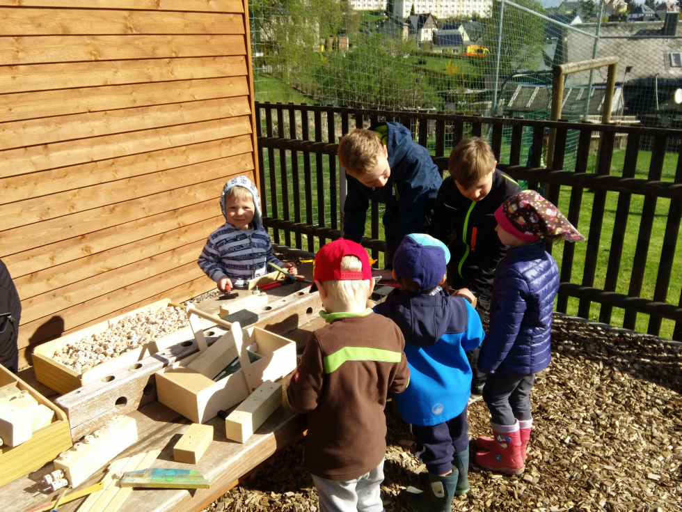 Im Garten vom Kindergarten